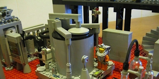 lego-breaking-bad-meth-lab photo_5756_0-3