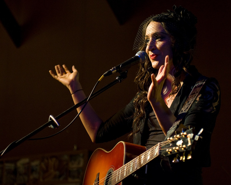 lindi-ortega-seattle photo_20794_0-9