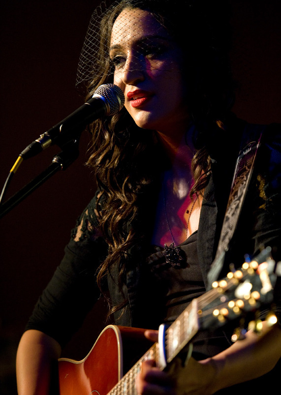 lindi-ortega-seattle photo_20794_1-8