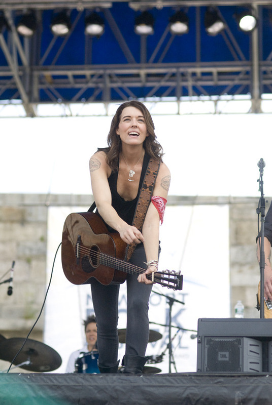 newport-folk-festival-2010 photo_27591_0-2