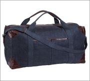 Union Canvas Large Weekender Bag by Pottery Barn | $199 | For larger loads, try this recycled canvas weekender.