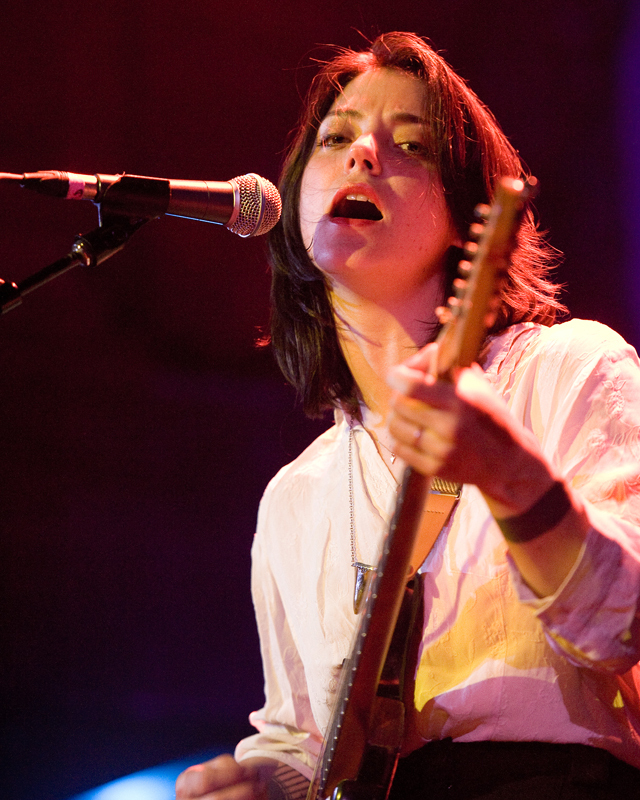 sharon-van-etten-2012 photo_12368_0