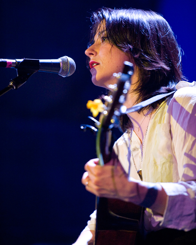 sharon-van-etten-2012 photo_12369_0-2