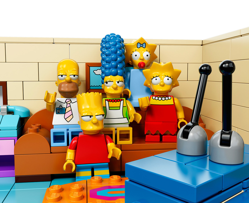 simpsons-legos photo_23628_0-3