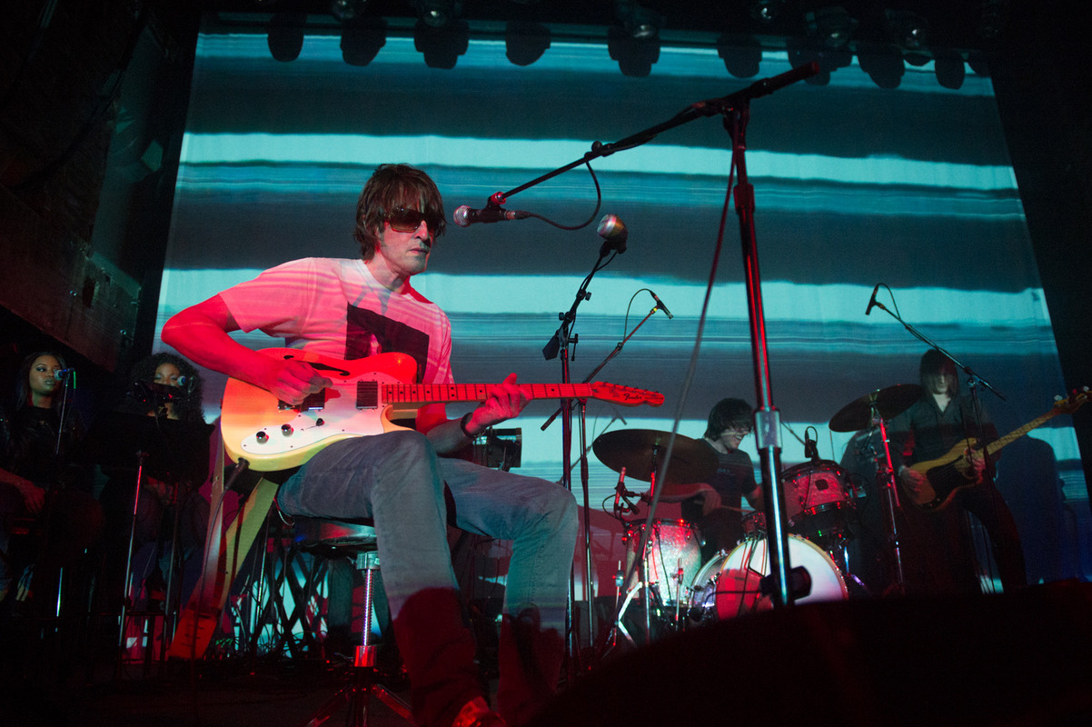 spiritualized photo_19094_0-17