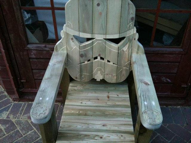 stormtrooper-deck-chair photo_18808_0