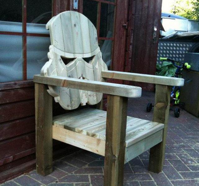 stormtrooper-deck-chair photo_25232_0
