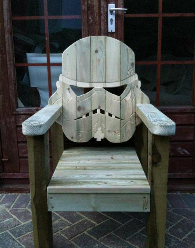 stormtrooper-deck-chair photo_29645_0