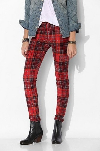trending-plaid photo_3066_0-11