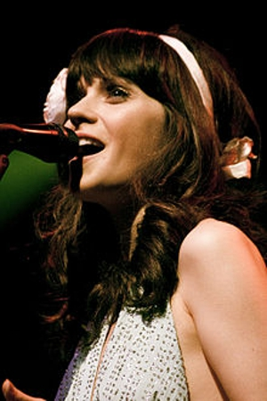 Zooey Deschanel to Host <i>SNL</i>