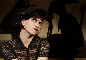 Amanda Palmer asks via song to get dropped by record label