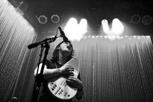 Sharon Van Etten Extends U.S. Tour