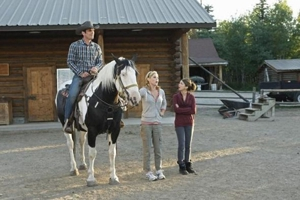 "<i>Modern Family</i> Review: ""Dude Ranch"" and ""When Good Kids Go Bad"" (3.01 / 3.02)"