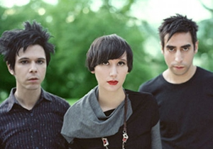 Yeah Yeah Yeahs <em>Blitz</em> off on Summer Tour