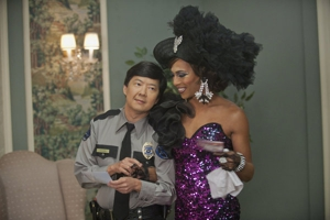 "<em>Community</em> Review: ""Advanced Gay"" (3.6)"