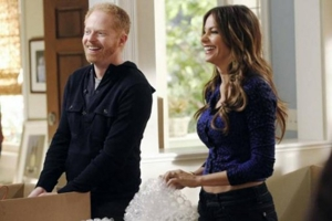 &lt;i&gt;Modern Family&lt;/i&gt; Review: &quot;After the Fire&quot; (Episode 3.08)