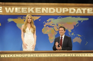 Kristen Wiig Spoofs Lana Del Rey on &lt;i&gt;SNL&lt;/i&gt;