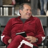 "<em>Modern Family</em> Review: ""Airport 2010"" (1.22)"