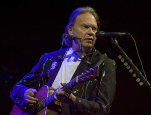 <i>Neil Young Journeys</i>