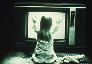 <em>Poltergeist</em> remake picks up two new writers