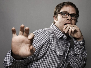 Rainn Wilson collaborates with Rivers Cuomo, geeks out over Manchester Orchestra