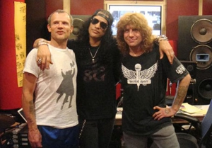 Slash Gets a Little Help From His Friends Fergie, Ozzy Osbourne and Flea on New Album