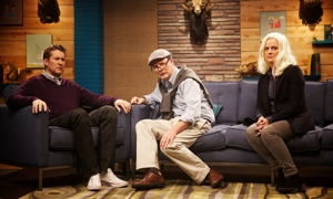 "<i>Comedy Bang! Bang!</i> Review: ""Amy Poehler Wears a Black Jacket & Grey Pants"" (Episode 1.02)"