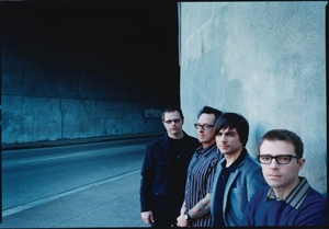 Weezer Reissues <em>Pinkerton</em>, Gets Covered by Sugar Ray