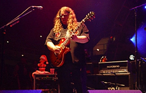 Warren Haynes Announces 16th Annual Christmas Jam