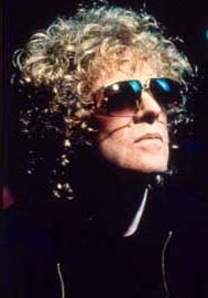 Ian Hunter Unleashes <i>Shrunken Heads</i> In May
