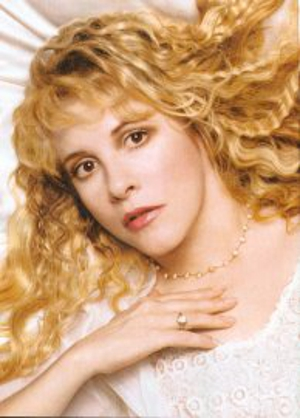Stevie Nicks To Join Chris Isaak On Tour
