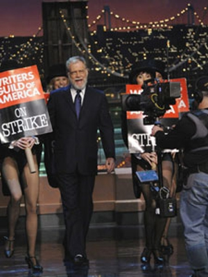Letterman returns, delivers striking writers' top 10 list