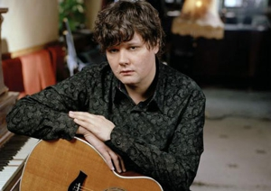 Ron Sexsmith tours with Nick Lowe, unveils <em>Strategy</em> in July
