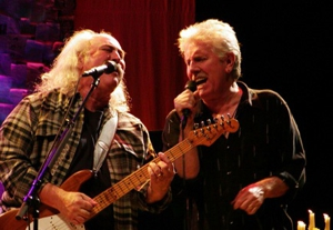 Live Review: David Crosby & Graham Nash @ Governors State University's Center For Performing Arts 10/31/08
