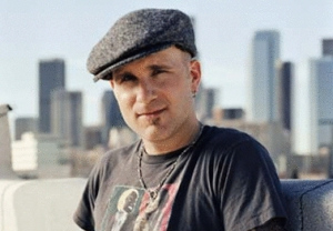 Gary Jules to let go of <em>Bird</em>, fly away on tour