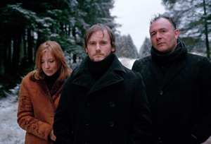 Portishead asks fans for music distribution advice