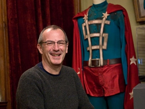Catching Up With...<em>Watchmen</em> illustrator Dave Gibbons