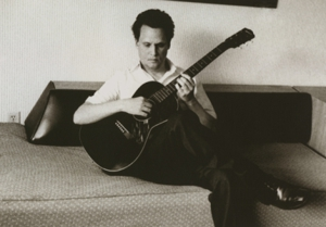 Mark Kozelek to release &lt;em&gt;Lost Verses Live&lt;/em&gt; in May