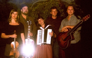 Decemberists Side Project Black Prairie Preps Debut Album for Sugar Hill