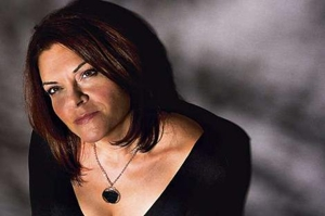 Rosanne Cash to Host National Book Foundation's 5 Under 35