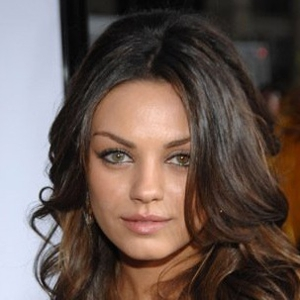 Mila Kunis to Star in Seth Macfarlane's <em>Ted</em>