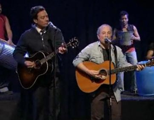Watch Paul Simon Perform on <em>Fallon</em>, with Fallon