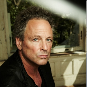 Lindsey Buckingham Says Fleetwood Mac Will Return in 2012