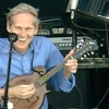 Watch 10 Great Levon Helm Performances
