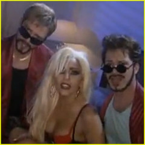 "Lady Gaga, Justin Timberlake ""3-Way"" on <em>Saturday Night Live</em>"