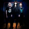 "Download a Live Version of Band of Skulls'  ""Death by Diamonds and Pearls"""