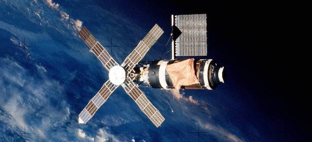 Space Matter: Public (and Private) Space Stations ...