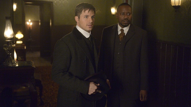 How NBC's <i>Timeless</i> Gets Time Travel Right