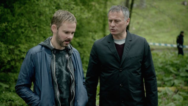Dominic Monaghan and Michael Nyqvist Make a Game-Changing Find in This Exclusive Clip from <i>100 Code</i>