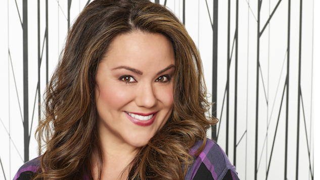 <i>American Housewife</i>'s Katy Mixon Marches to the Beat of Her Own Drum